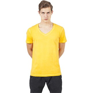 URBAN CLASSICS T-Shirt Spray Dye V-Neck Gelb