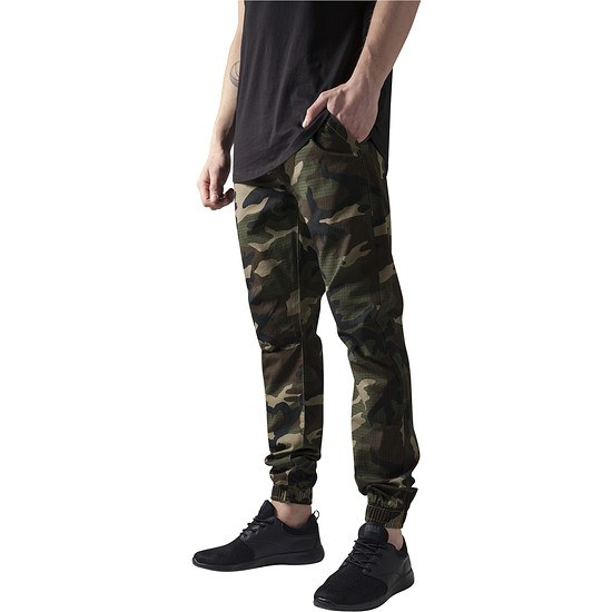 URBAN CLASSICS Jogginghose Camo Ripstop camouflage/grün
