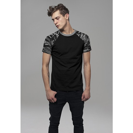 URBAN CLASSICS T-Shirt Raglan Contrast schwarz/darkcamo